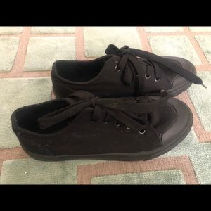 Roebuck and Co All Black Sneakers Sz 3